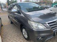 Butuh uang jual cepat Toyota Kijang Innova 2014