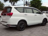 Jual Toyota Venturer 2018 Automatic