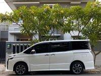 Jual Toyota Voxy 2017, KM Rendah