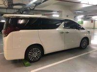 Toyota Alphard X bebas kecelakaan