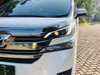 Butuh uang jual cepat Toyota Alphard 2015