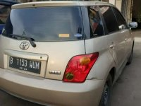 Jual Toyota IST 2000 Automatic