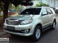 Mengetahui Fitur Toyota Fortuner Generasi Pertama Yang Cukup lengkap Di Zamannya