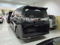 Toyota Vellfire 2017 bebas kecelakaan