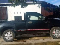 Toyota Hilux 2009 dijual cepat
