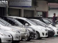 Mengetahui Penyebab Harga Mobil Bekas Turun Supaya Tetap Terjaga