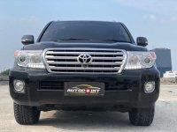 Butuh uang jual cepat Toyota Land Cruiser 2015