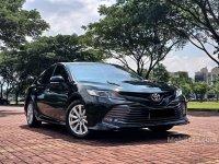 Butuh uang jual cepat Toyota Camry 2019