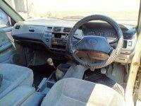 Toyota Kijang LGX bebas kecelakaan