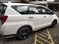 Jual Toyota Venturer 2019, KM Rendah