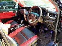 Toyota Fortuner SRZ dijual cepat