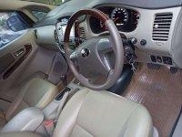 Toyota Kijang Innova V Luxury bebas kecelakaan