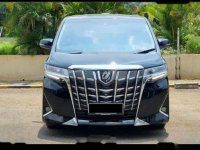 Toyota Alphard 2020 bebas kecelakaan