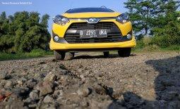 Ini Dia Alasan Mengapa Toyota Agya TRD S AT Tangguh Melewati Jalan Rusak