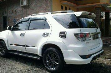 Jual Toyota Fortuner 2014 harga baik 426301