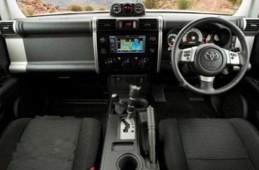Jual Mobil Toyota FJ Cruiser 2014 Kalimantan Timur