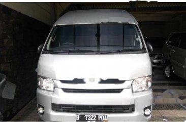 Toyota Hiace High Grade 2014 Van