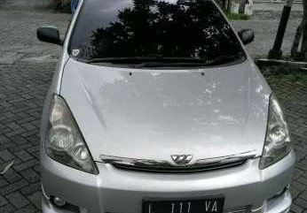 Jual Toyota Wish 2004 full option sunroof