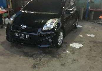 Toyota Wish Tahun 2012