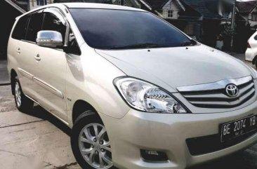 Toyota Innova G 2.0 Bensin Mt 2011