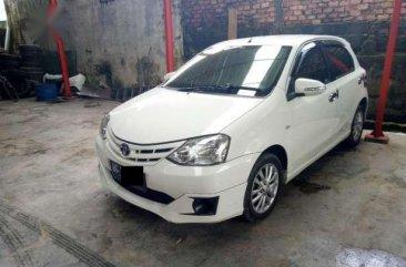 Toyota Etios Valco 1.2 E 2013