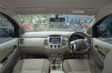 Toyota Innova G 2015
