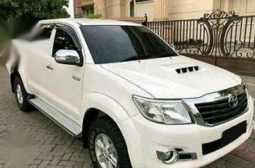 Toyota Hilux G VNT DC MT 2013 putih