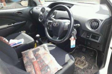 Toyota Etios Valco G 2013