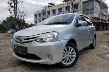 Toyota Etios Valco 1.2 E Manual 2013