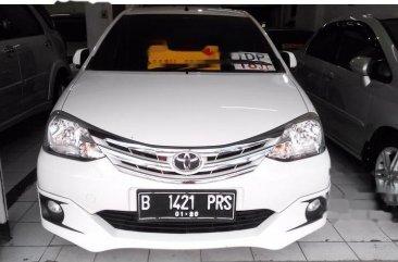 Toyota Etios Valco G 2015 Hatchback