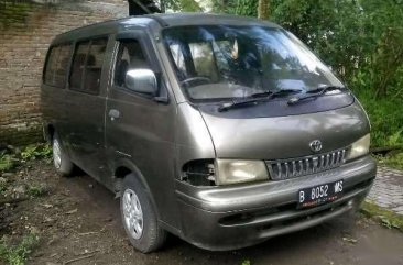 Toyota Cressida Van MT Tahun 2001 Manual