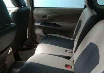 Dijual Toyota Avanza E 2013