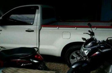 Toyota Hilux istimewa 2012