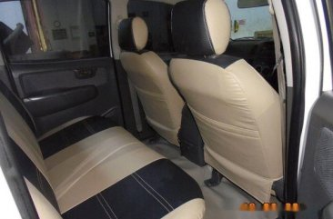 Toyota Hilux E (Double Cabin) 2013