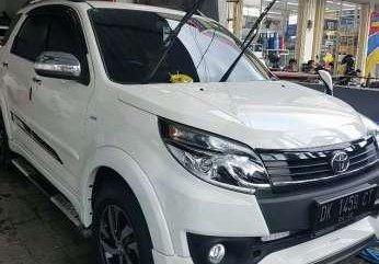 Toyota Rush 2015 Manual Putih