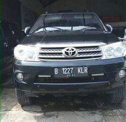Toyota Fortuner G 2.5 Diesel 2010 Dijual