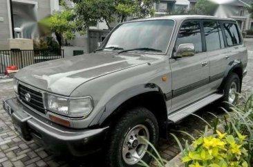 Butuh uang jual cepat Toyota Land Cruiser 1998