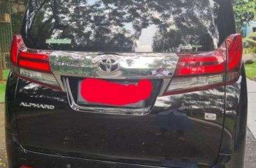 Butuh uang jual cepat Toyota Alphard 2017