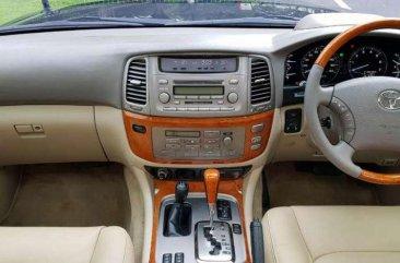 Toyota Land Cruiser 4WD bebas kecelakaan