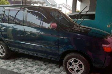 Butuh uang jual cepat Toyota Kijang 2000