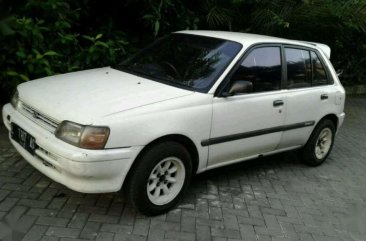 Toyota Starlet 1990 bebas kecelakaan