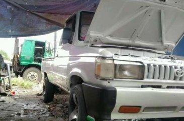 Toyota Kijang PU bebas kecelakaan