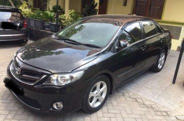 Butuh uang jual cepat Toyota Corolla Altis 2010