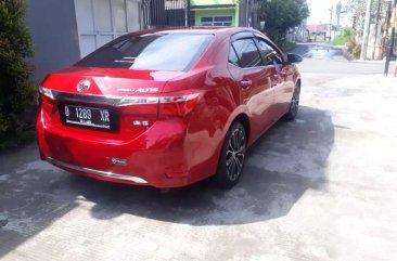 Butuh uang jual cepat Toyota Corolla Altis 2014
