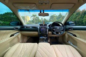 Toyota Camry 2.5 Hybrid dijual cepat