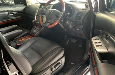 Butuh uang jual cepat Toyota Harrier 2011