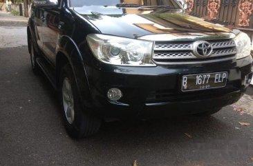 Butuh uang jual cepat Toyota Fortuner 2011