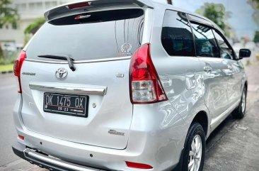 Butuh uang jual cepat Toyota Avanza 2013