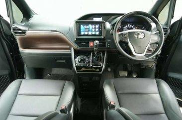 Jual Toyota Voxy 2020, KM Rendah