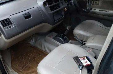 Toyota Kijang 2002 bebas kecelakaan